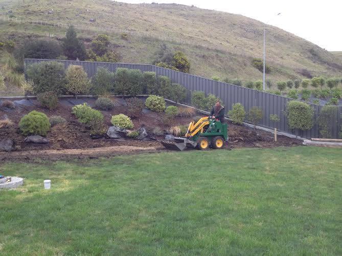 Constructive Landscape Solutions constructing a bark garden