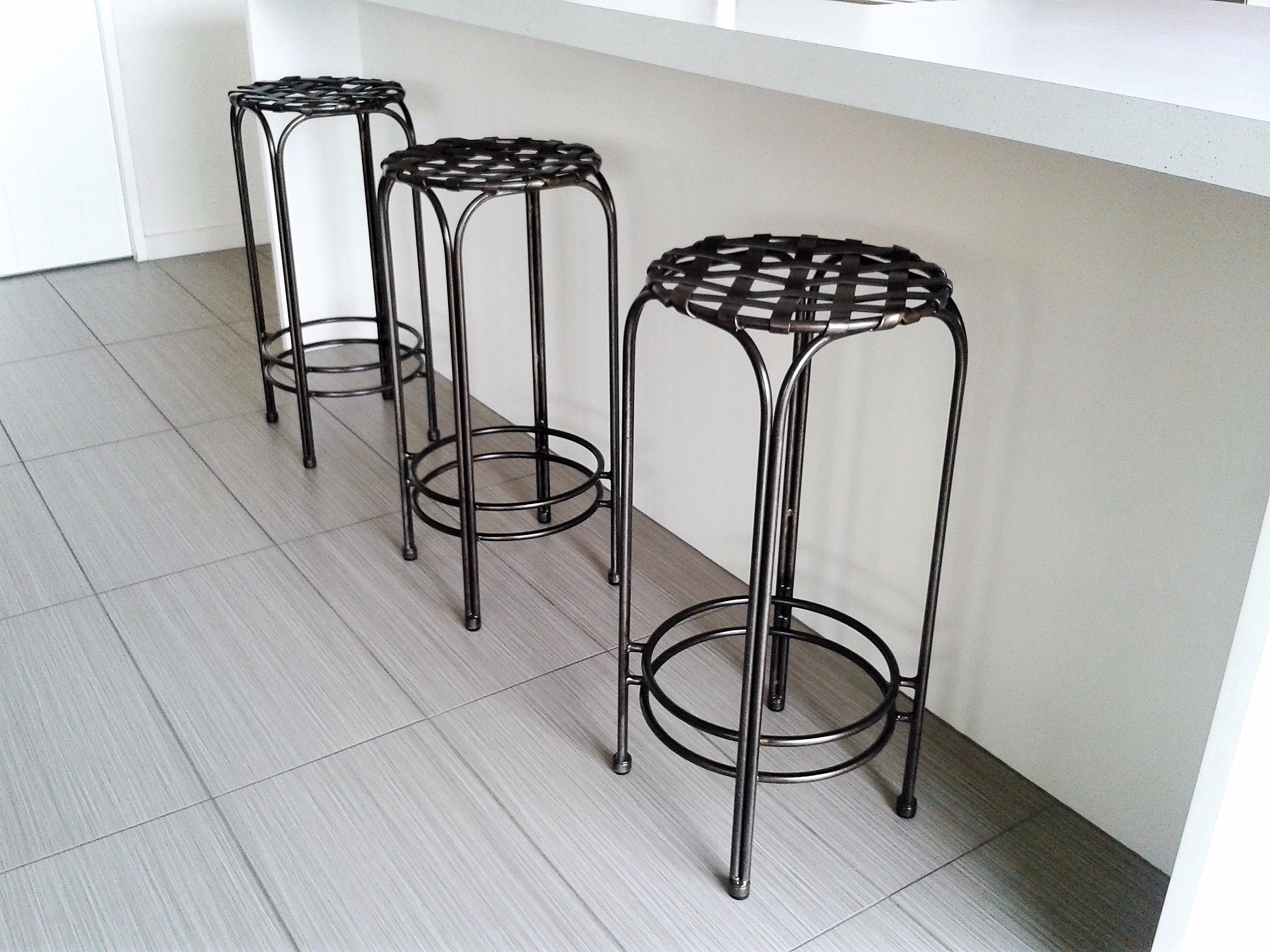 Lattice top bar stools