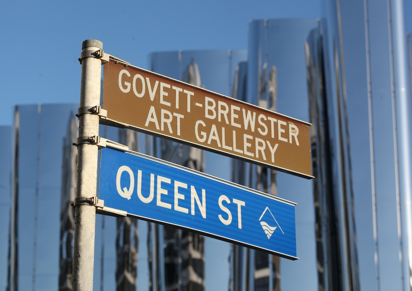 Street Signage on Queen Street