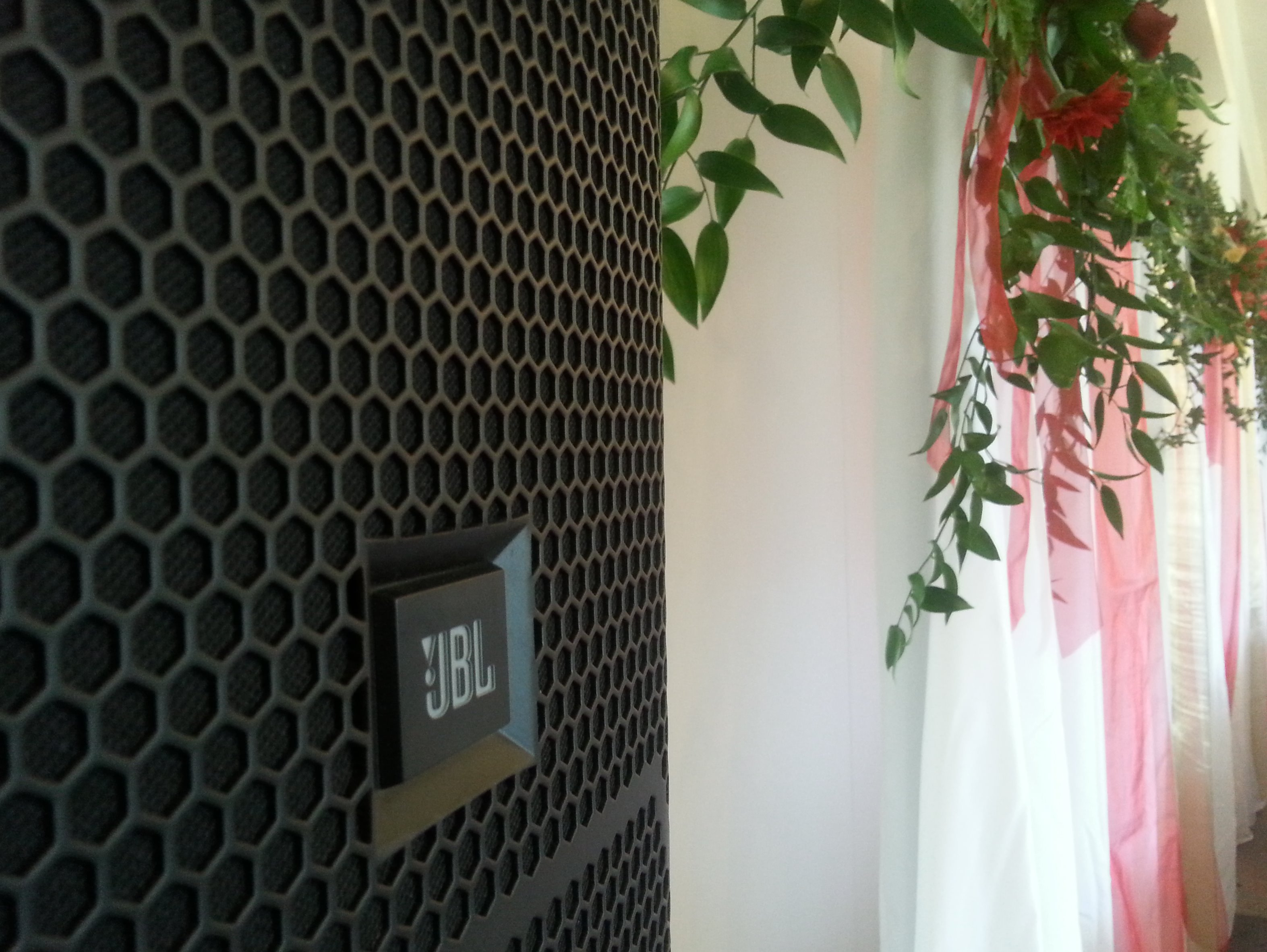 Quality sound equipment - JBL, RCF, Mackie..........