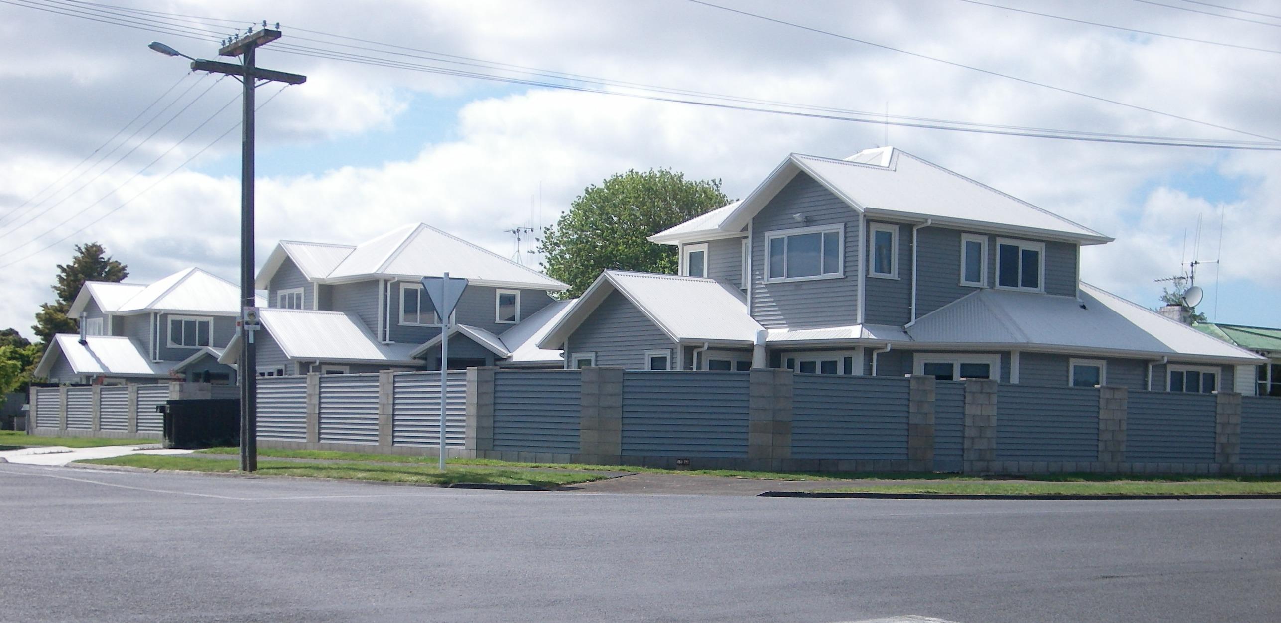 Queenwood Townhouses, Hamilton - Design & Build