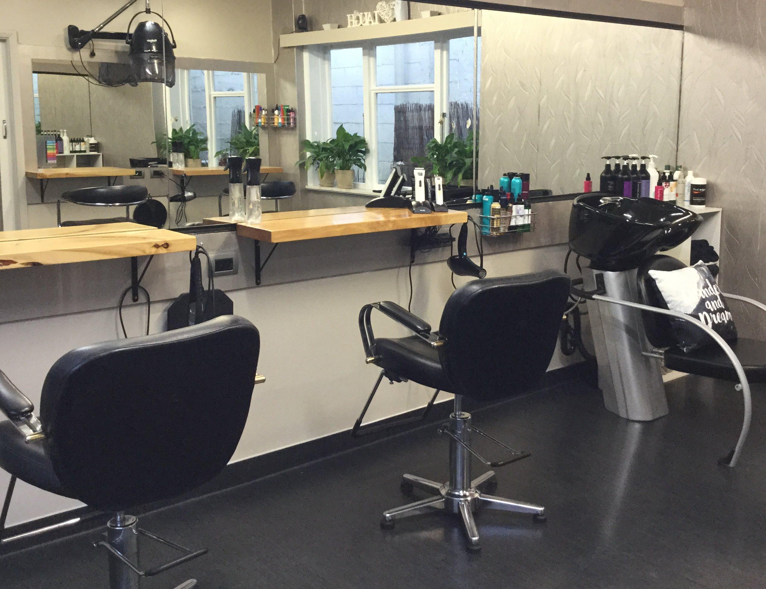 Hairworks in Richmond