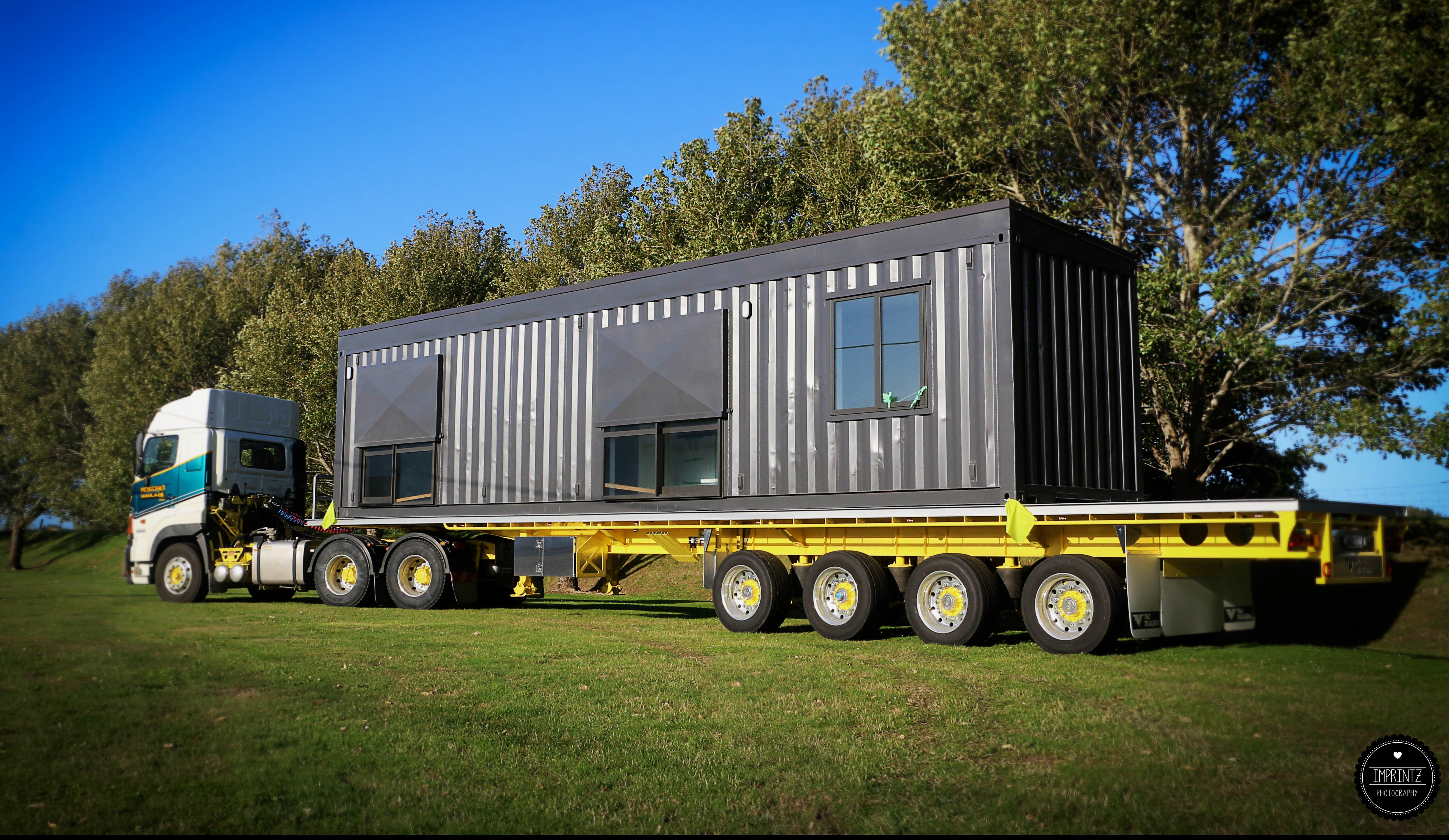 Oversize and container cartage