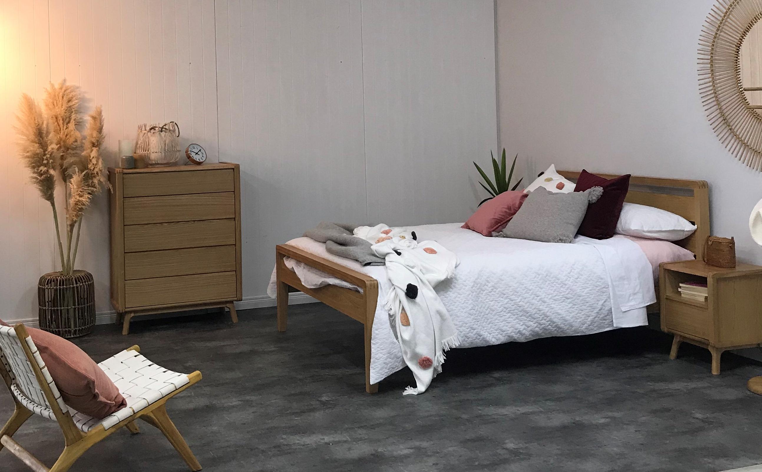 Superb Bedpost Tauranga Tauranga Yellow Nz Home Interior And Landscaping Ologienasavecom